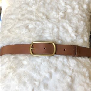 Anthropologie - Brown leather belt w/ gold buckle